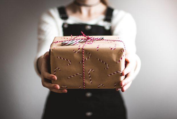 Simple Gift Ideas for Acquaintances